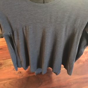 lululemon athletica Tops - Lululemon long sleeve flowy top